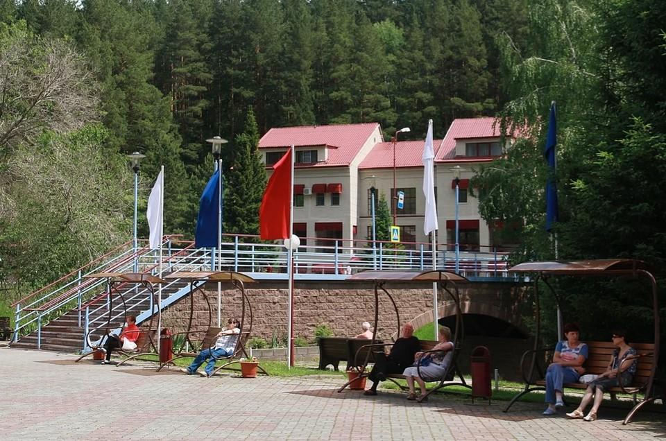Власти еще обсуждают вопрос открытия санаториев и турбаз на Алтае