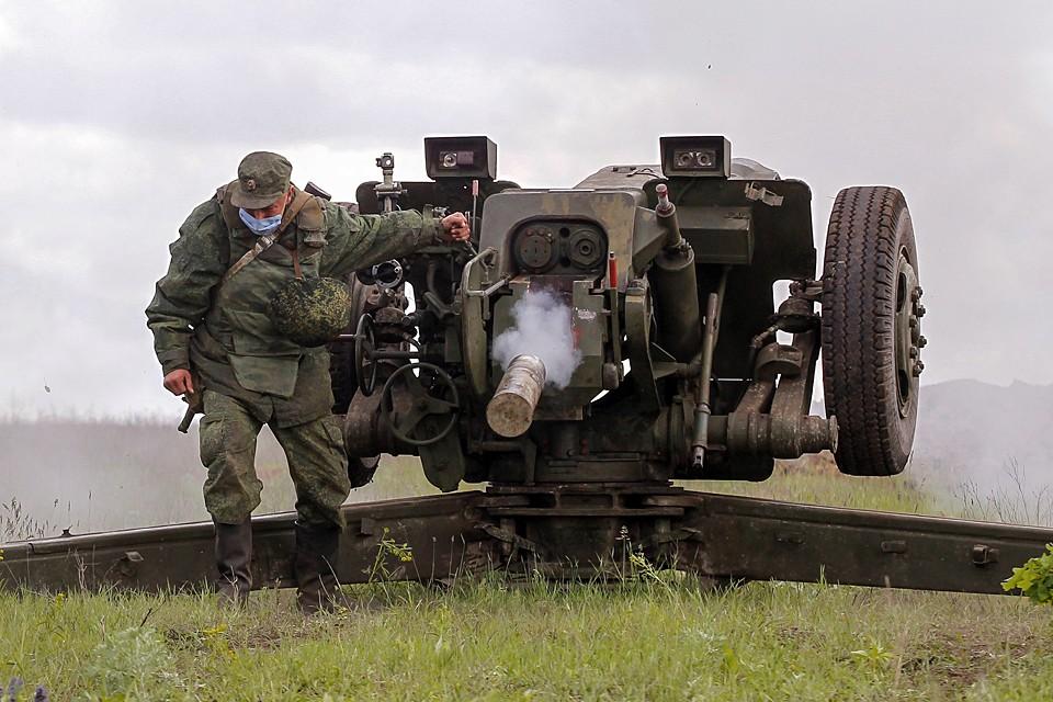 Руководство республики и военное командование отдало приказ об ответных ударах и подавлении огневых точек противника