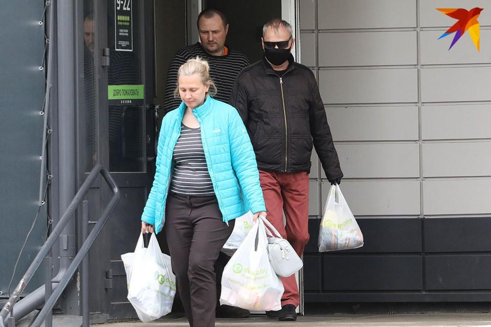 В Ивье какое-то время придется обязательно носить маски в общественных местах. (иллюстративное фото)