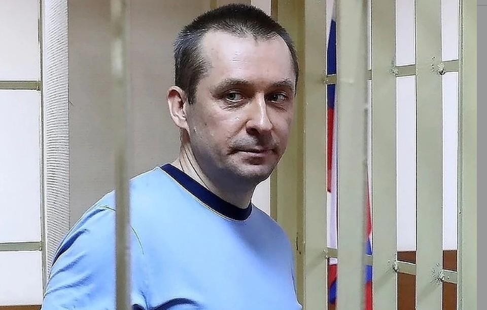 Суд принял решение о взыскании с Захарченко незаконно полученные 320 тыс. долларов. Фото: Антон Новодережкин/ТАСС