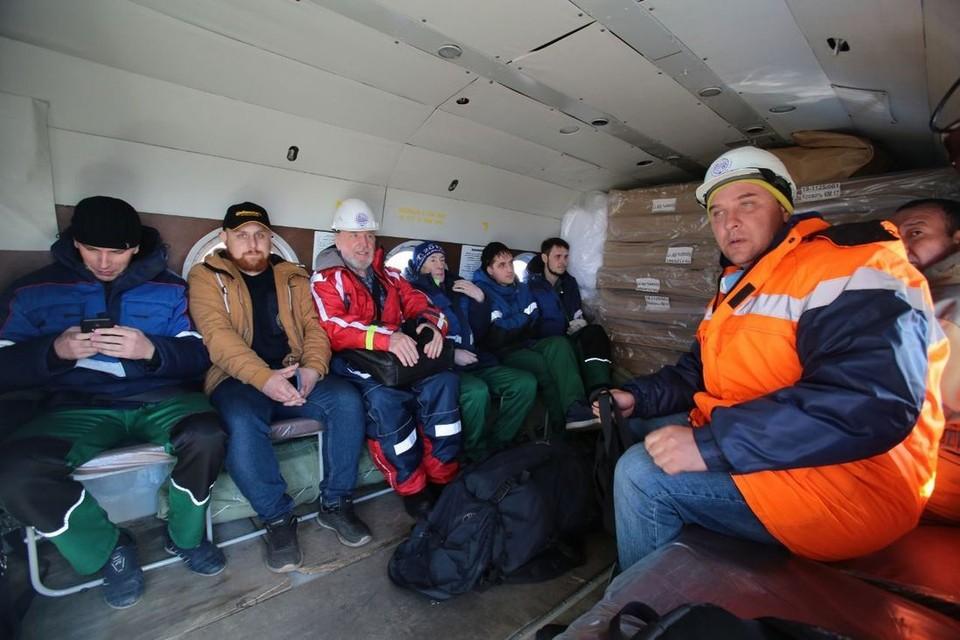 В Норильск прилетел отряд морской спасательной службы. Фото: Ростислав Золотарев