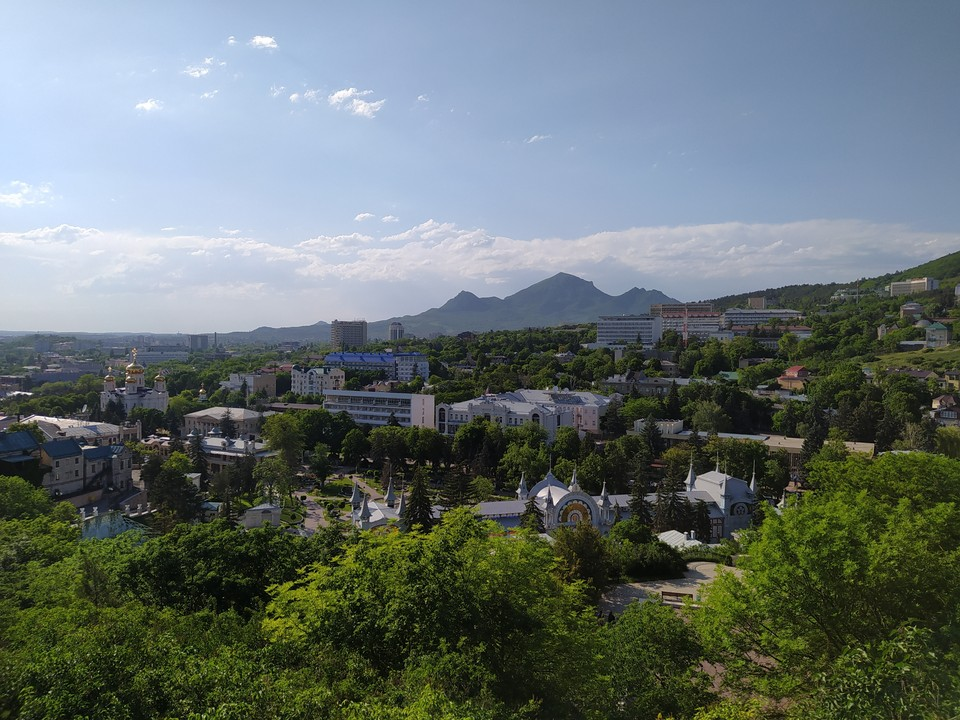 "Вид на Пятигорск из парка ""Цветник"""