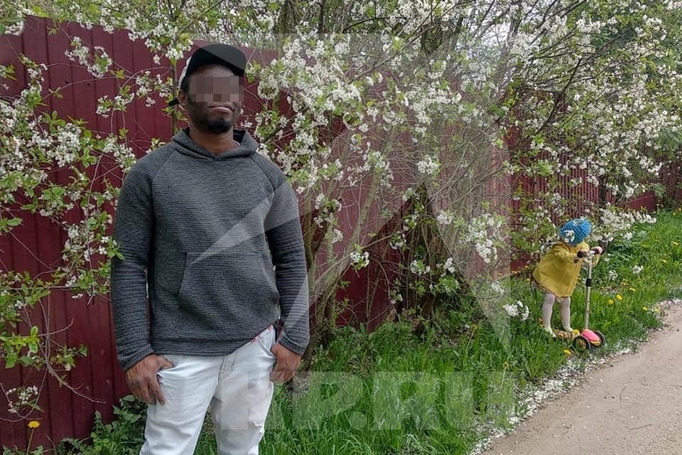 Полицейские задержали хулигана, которым оказался гражданин Нигерии.