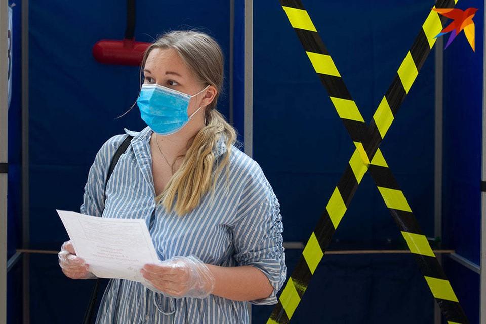 ВОЗ сообщает о росте заболеваемости коронавирусом и числе погибших от инфекции.