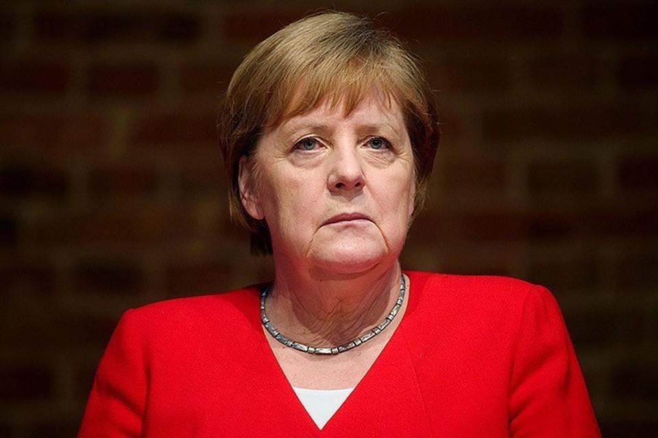 """Меркель заявила о необходимости строительства """"Северного потока - 2"""" вопреки санкциям США"""