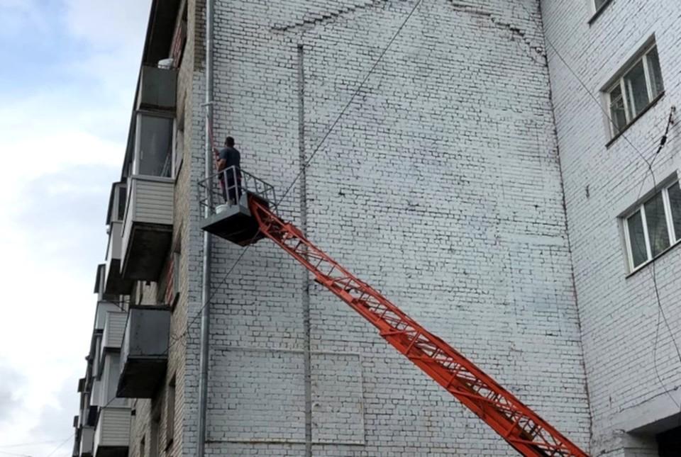 Граффити с изображением классика закрасили. Фото: Анастасия ТАРАСОВА