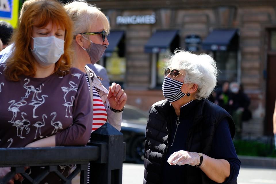 В Северной столице продолжает бушевать пандемия