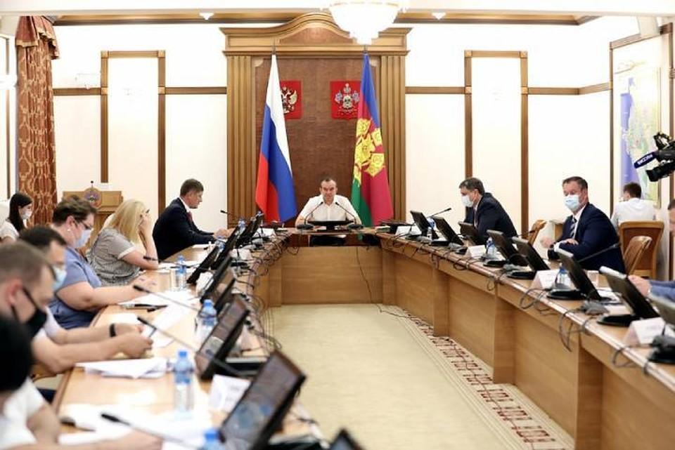 Специальная комиссия проверит Афипский НПЗ. Фото администрации КК