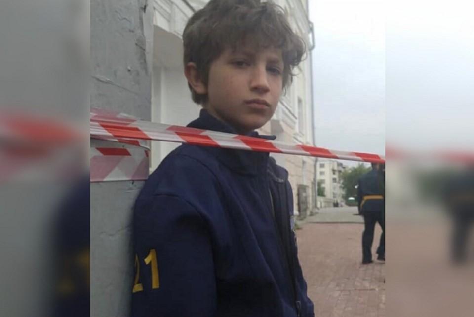 Под Екатеринбургом разыскивают 9-летнего мальчика. Мордехай Ульфан пропал на озере Балтым, куда он приехал отдохнуть с семьей. Он пропал из поля зрения родителей в 17:00. На мальчике были серые шорты. Фото: предоставлено поисковым отрядом