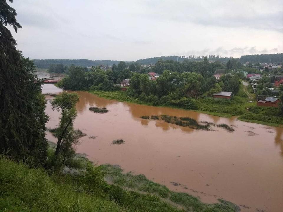 В Рузе разлилась река Городянка.