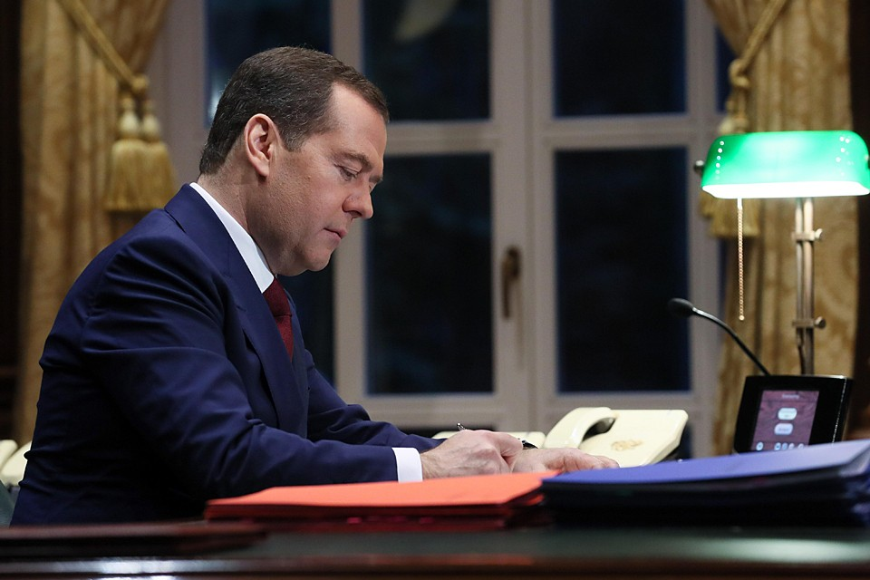 В России возможен постепенный переход на четырехдневную рабочую неделю. Фото: Екатерина Штукина