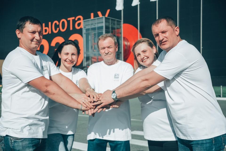 Трудовая династия семьи Бубновых - 164 года общего стажа на Челябинском трубопрокатном заводе! Фото Группа ЧТПЗ.