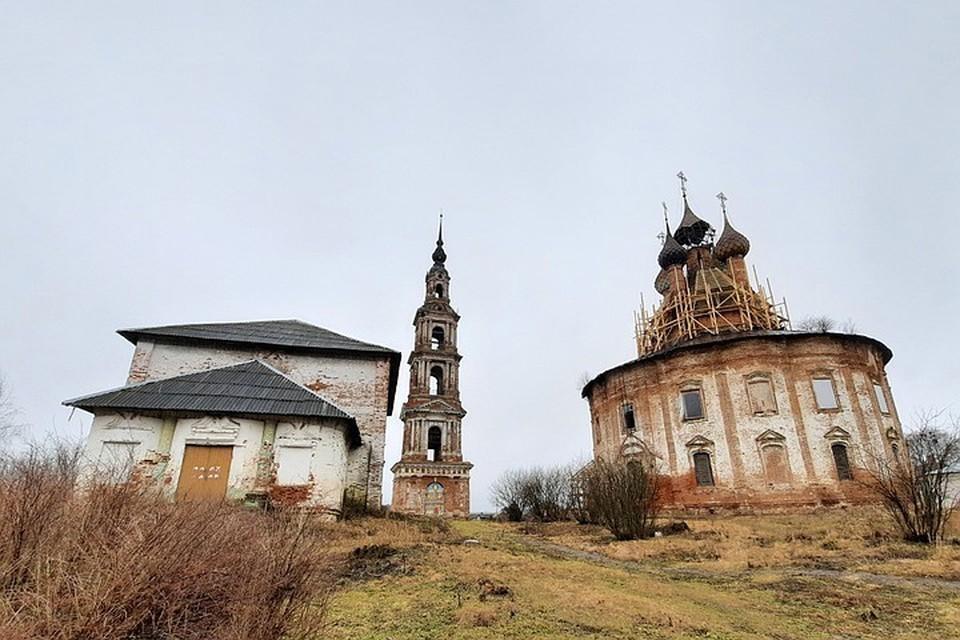Церковь Казанской иконы Божией Матери в селе Курба