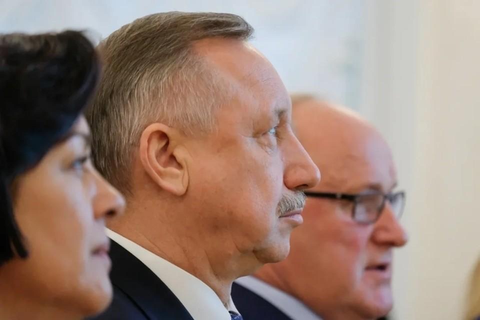 В Смольном пояснили слова губернатора Александра Беглова о сокращении штата чиновников.
