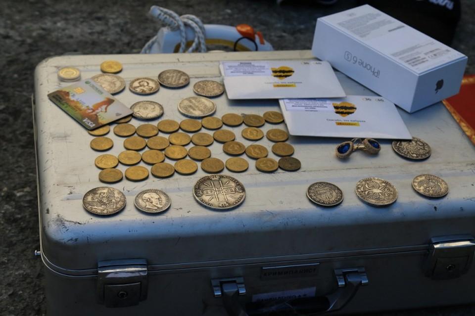 Мошенники успели продать 130 монет