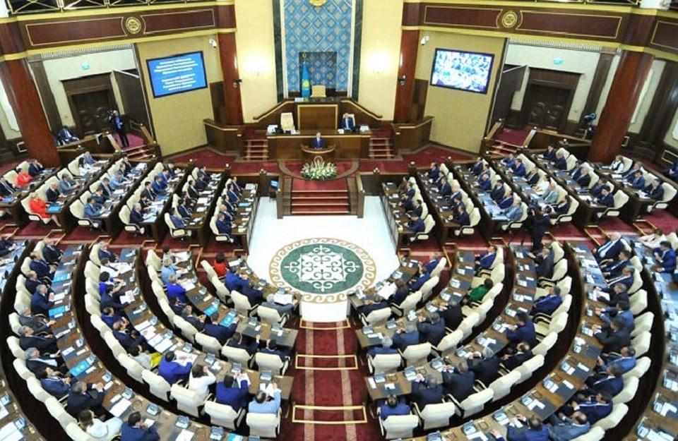 Стал известен список кандидатов в депутаты Сената