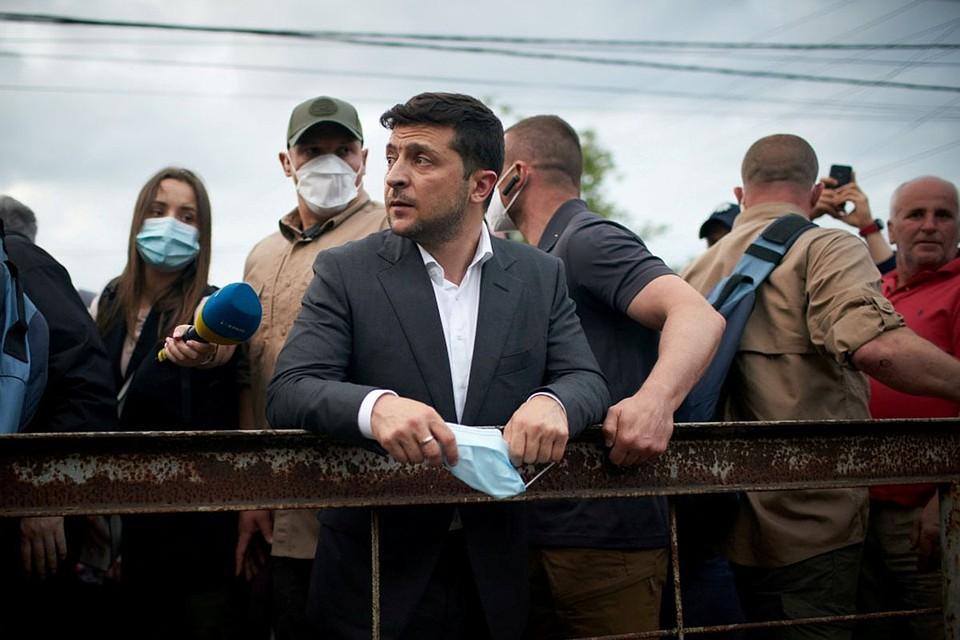 В Киеве не проходят фантомные боли от потери Крыма. Но их используют для внутриукраинских разборок
