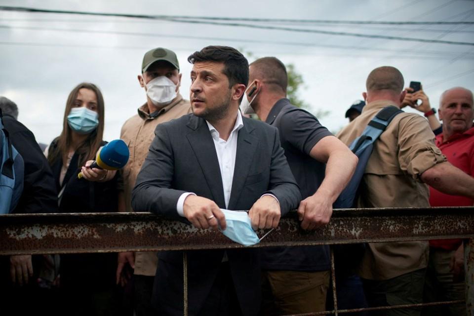 Александр Турчинов в интервью украинским СМИ заявил, что сейчас ничто не мешает президенту Зеленскому отправить части ВСУ на штурм Крыма.
