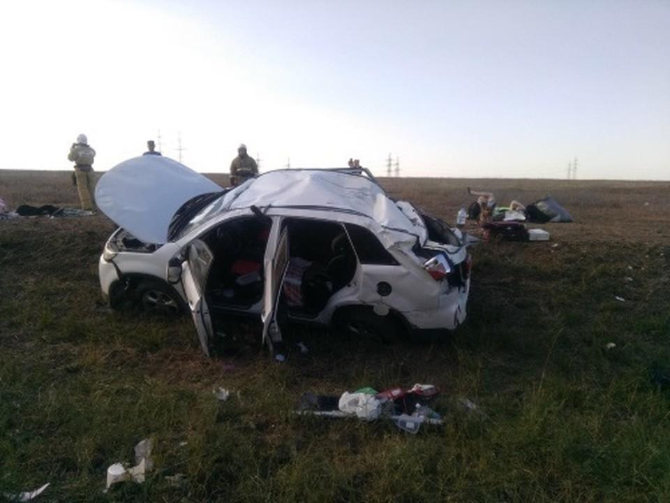 От госпитализации пострадавшие пассажиры отказались. Фото: официальный сайт МЧС по Крыму.
