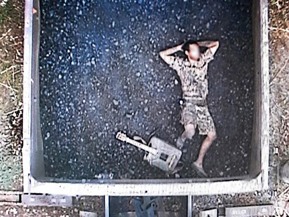 Мужчину обнаружили через автоматизированную систему коммерческого осмотра поездов и вагонов. Фото: пресс-служба МВД РФ по СКФО на транспорте