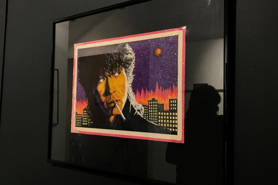 Выставка живописи и графики Цоя открылась в Петербурге.