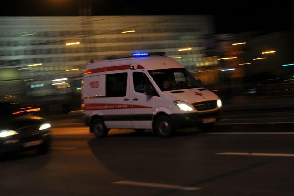 Мальчика с травмами после аварии увезли в больницу.