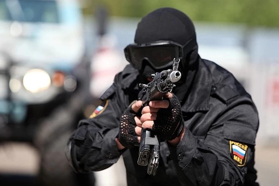 Во время короткой перестрелки двое бандитов были нейтрализованы, один задержан