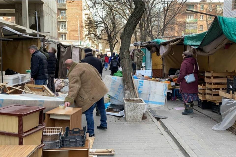 В Ростове снесли 340 незаконных ларьков