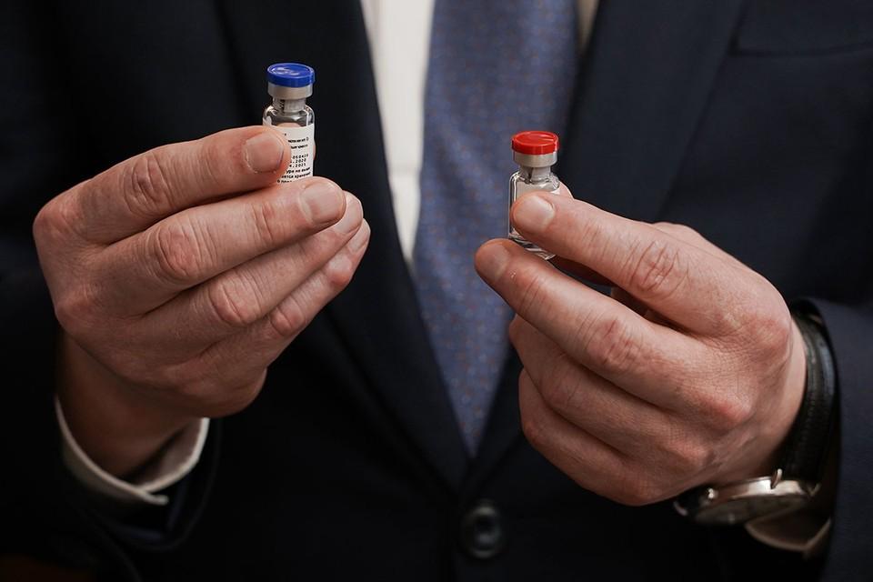 Сегодня утром впервые в мире зарегистрирована вакцина против новой коронавирусной инфекции. Фото: Дмитрий Куракин/Пресс-служба Минздрава России/ТАСС