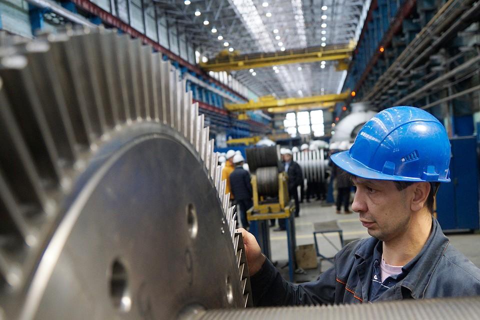 Пострадали как гиганты из нефтегазового сектора и тяжелой промышленности, так и предприятия от мала до велика из отраслей массового спроса