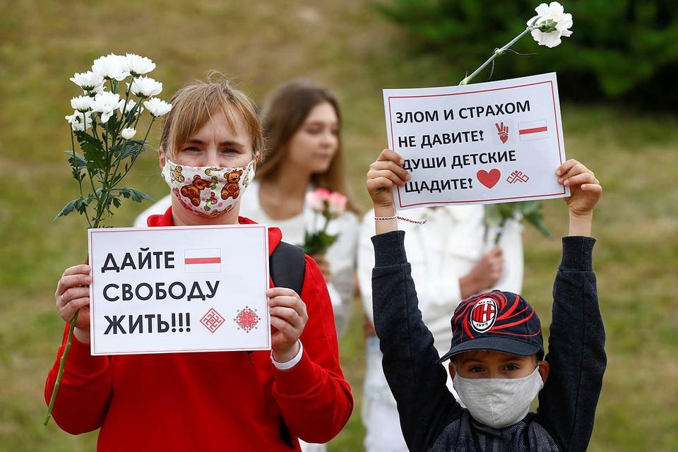 Всего за время протестов силовиками было задержано более 6000 человек.