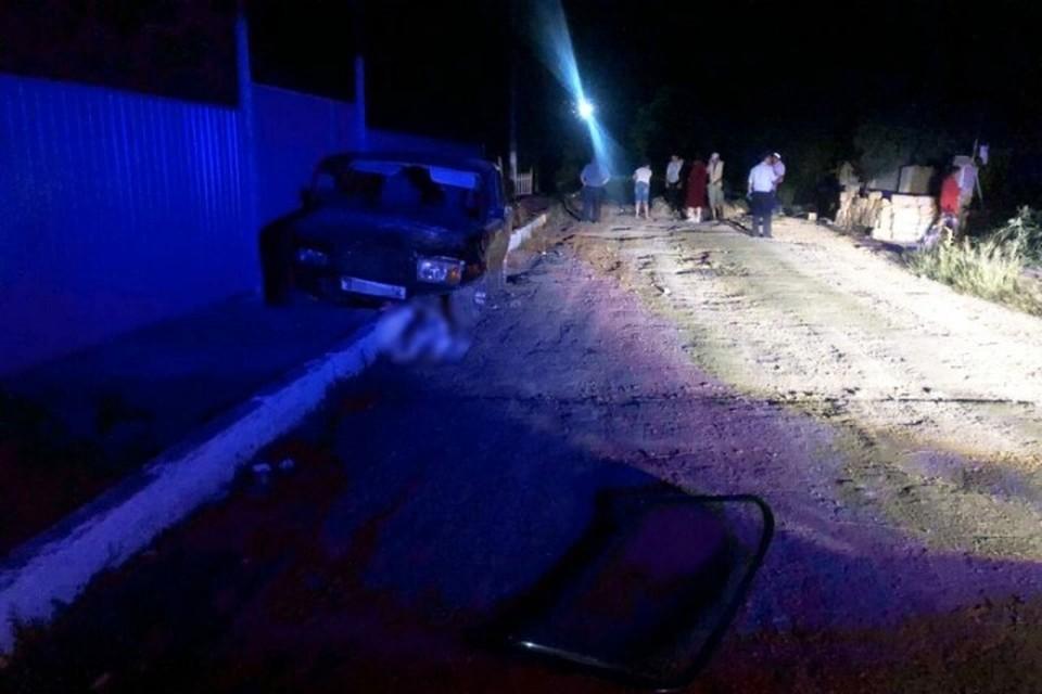 Водитель свернул на насыпь грунта и сбил троих детей. Фото пресс-службы МВД по Крыму