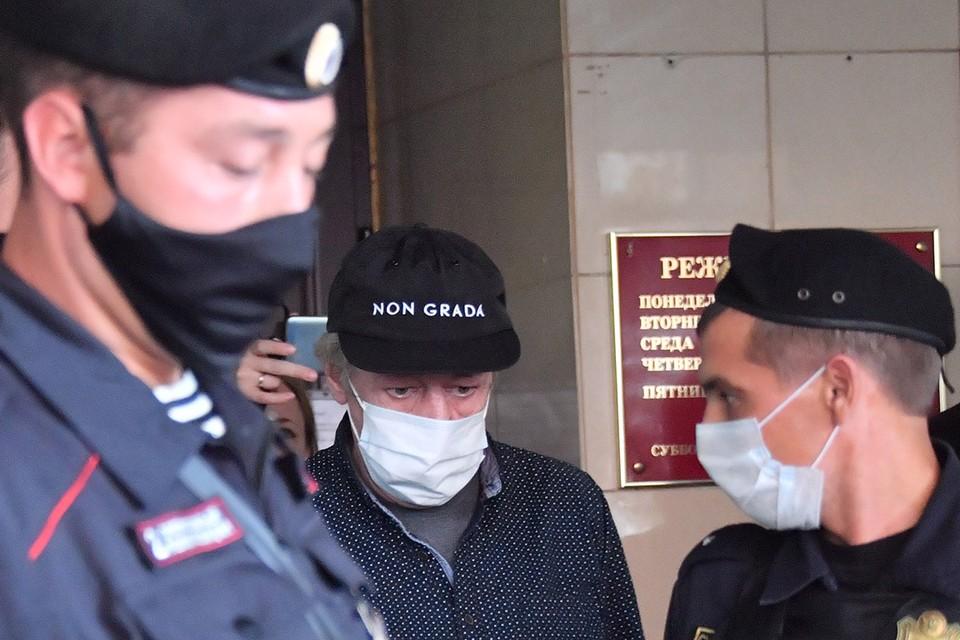 Мосгорсуд не разрешил актеру двухчасовые прогулки на время домашнего ареста