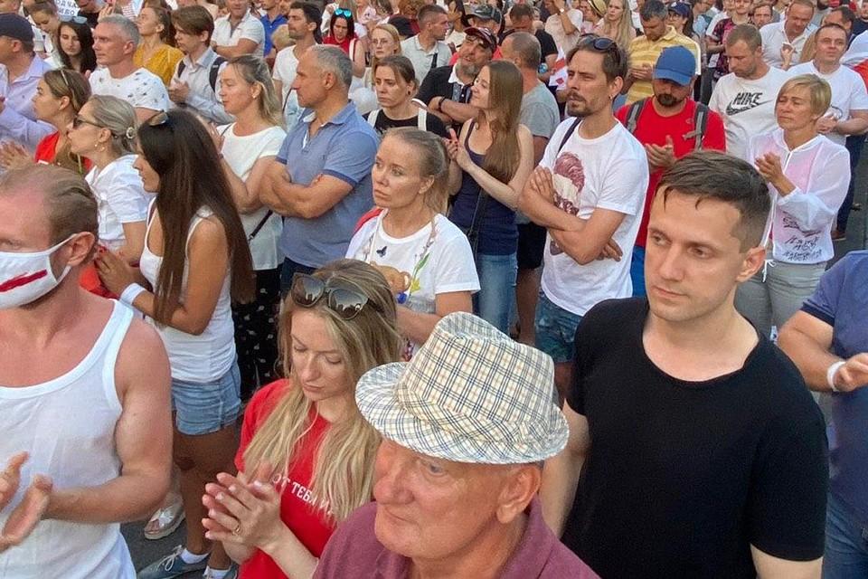 «Накал» акции можно объяснить тем, что сегодня около утром в военном госпитале Минска умер житель Бреста, который был тяжело ранен 10 августа