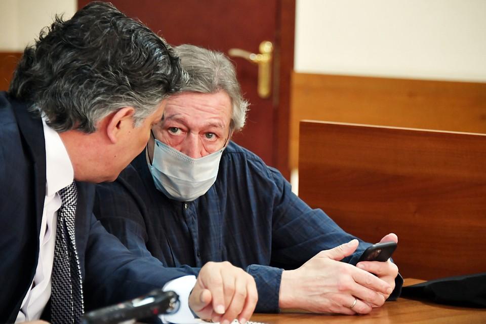 Эльман Пашаев и Михаил Ефремов в Пресненском суде