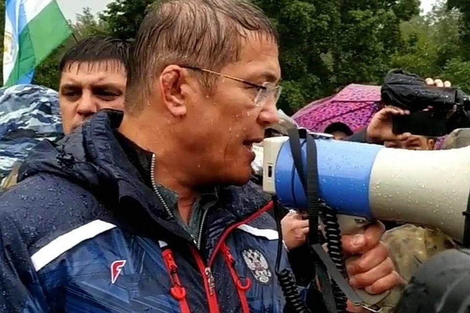 На шихан приехал сам Радий Хабиров, который отправил активистов домой и пообещал решить вопрос.