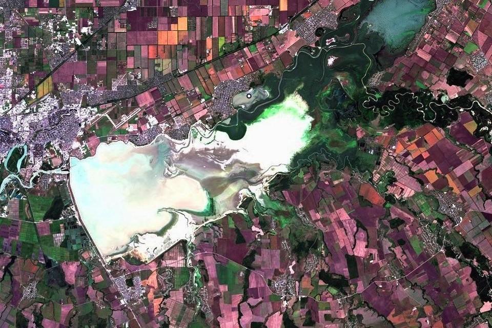 Краснодарское водохранилище 23 августа 2020 года Фото: EOS Landviewer