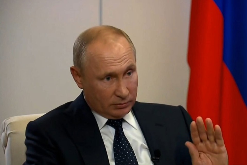 Владимир Путин: Правохранители Белоруссии ведут себя достаточно сдержанно. Посмотрите, что в других странах происходит. Фото: скриншот с видео
