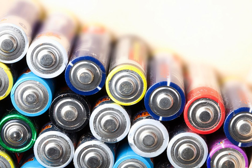 Нано-алмазная батарейка производит в 3,48 раза больше электричества, чем стандартная батарея типа АА.