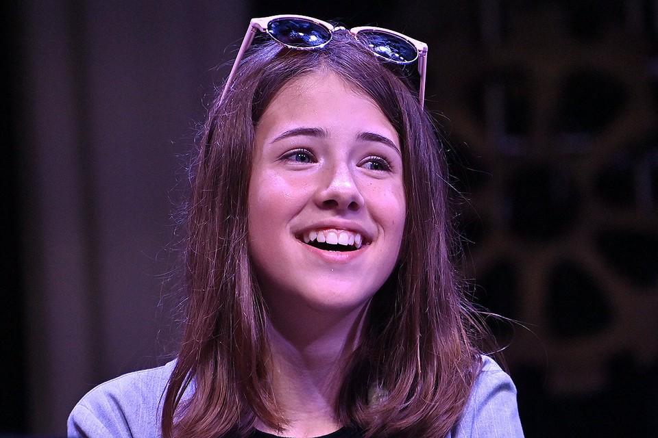 Дочка актера Алексея Панина Анна на премьере фильма.