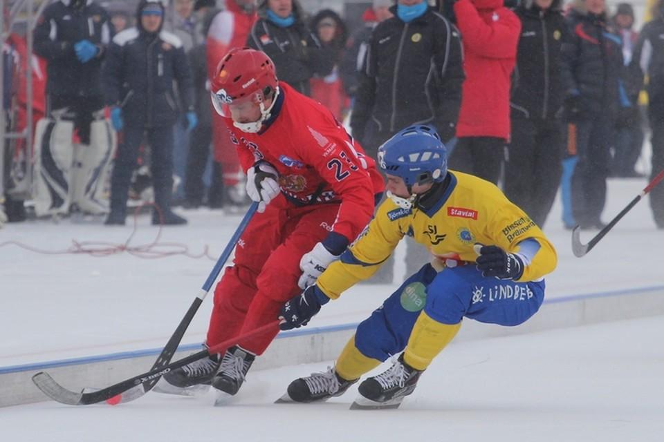 Шансов, что чемпионат мира по хоккею с мячом в Иркутске состоится, становится все меньше