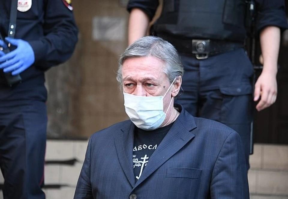 Михаил Ефремов спокойно готовится к приговору