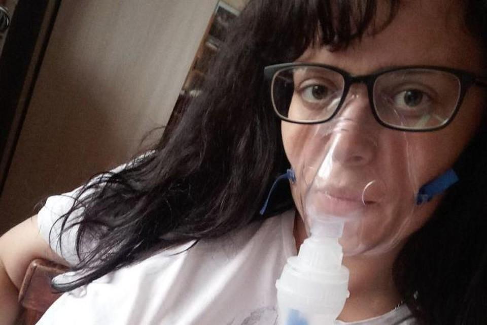 После пневмонии легкие восстанавливаются не меньше месяца, поэтому врачи настаивают, чтобы пациенты с внебольничной пневмонией оставались дома не менее трех недель
