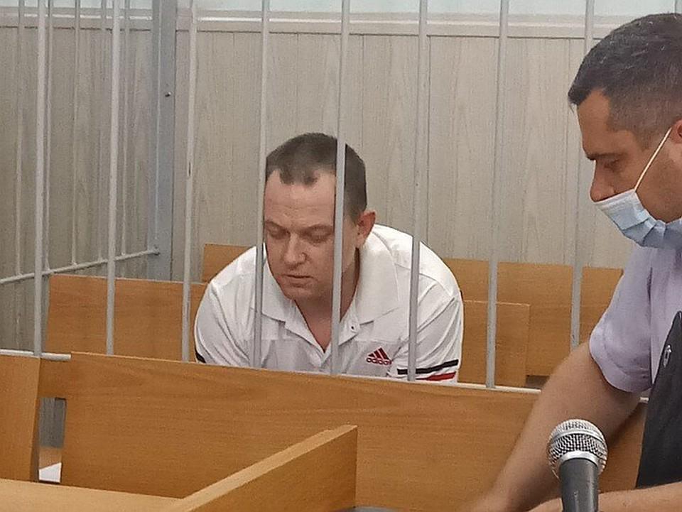 Владимир Чичаев уверял, что он - не изверг, и дочку свою искренне любил