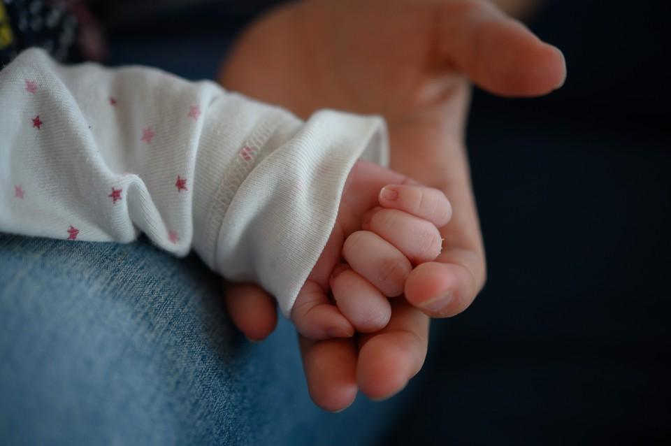 Найденной малышке всего пять месяцев и она совершенно здорова.