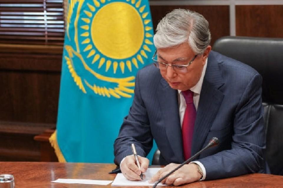 Указ вводится в действие со дня его первого официального опубликования.