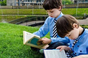 Как научить ребенка читать в домашних условиях: пошаговая инструкция