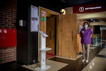 Коронавирус в Челябинской области, последние новости на 23 сентября 2020: премия за борьбу с коронавирусом и потоп в больнице