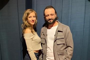 «Влюблена, как кошка»: 25-летняя Арзамасова и 46-летний Авербух впервые вышли в свет как пара