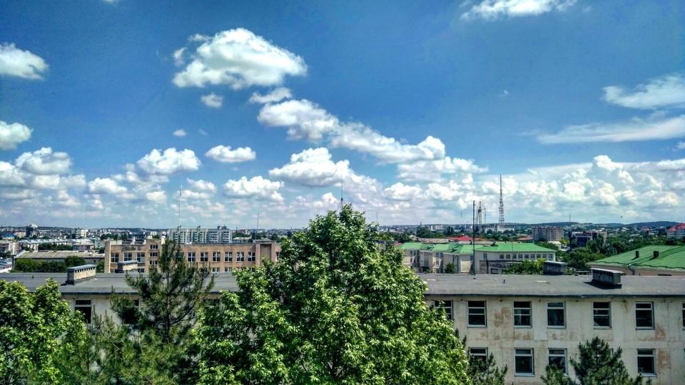 Конец недели в Крыму будет сухим и ясным, но может усилиться ветер до 20 метров в секунду.